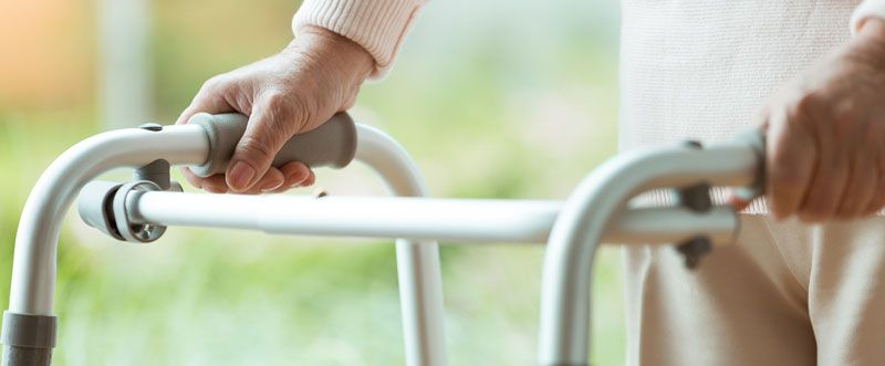 Best Walking Aids for the Elderly